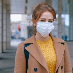 woman wearing face mask 3902882